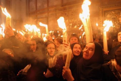 Иерусалимские свечи: что означают, как зажечь и как правильно пользоваться